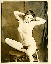 hip2 - 1960s Nude Hippie Girl In Studio